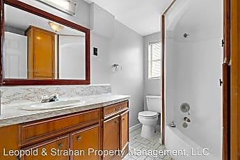 Bathroom, 3602 Princeton St, 2