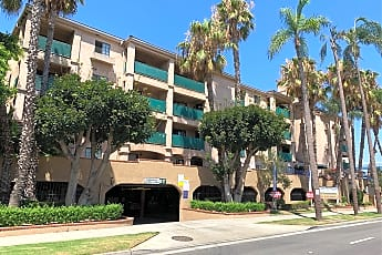 Broadway Plaza Apartments, 0
