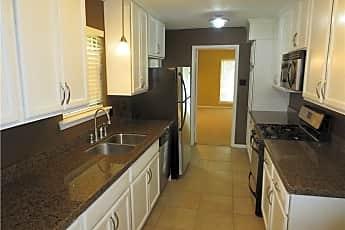 Kitchen, 1006 Madera Cir, 0