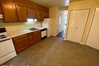 Kitchen, 2752 Gatewood Cir, 0