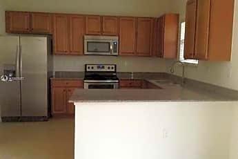 Kitchen, 655 NE 191st St, 2