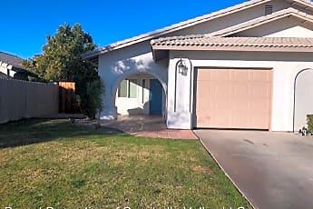 Building, 32205 Cielo Vista Rd, 0