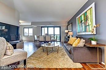 Living Room, 307 Yoakum Pkwy, 0