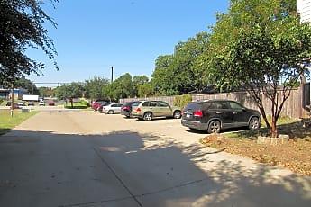 Extra parking for guests, 910 Glenn Crossett, 2
