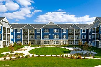 Building, Owl Creek Apartments, 0