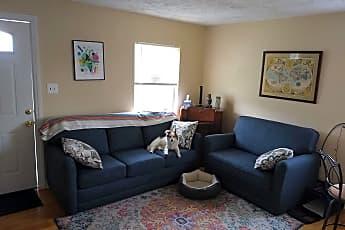 Living Room, 913 W 3rd St, 2