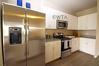 Kitchen, 828 Bebee Rd, 1