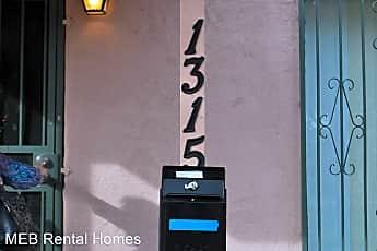 1315 N Mountain Avenue, 2