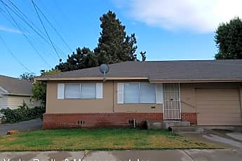 Building, 465 Magnolia St, 0