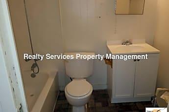 Bathroom, 3810 Desoto Ave, 2