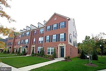 Building, 2482 Baldwin Cres NE, 1