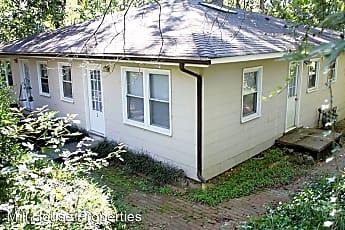 Building, 507 Pine Bluff Trail, 2