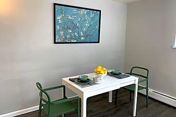 Dining Room, 1432 Macon St, 1