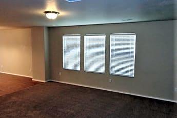 Living Room, 122 W Kestrel Drive, 1