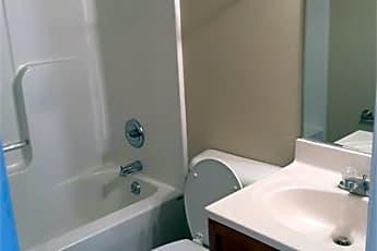 Bathroom, 906 Jackson St, 2