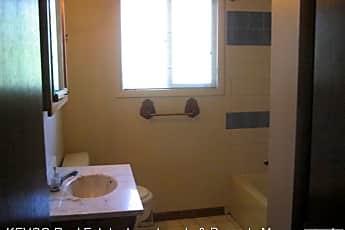Bathroom, 228 Briarwood Rd, 2