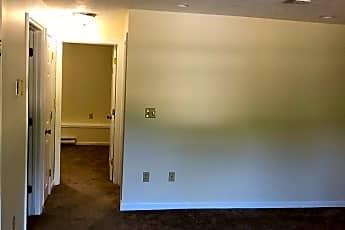 Living Room, 355 Main St, 2