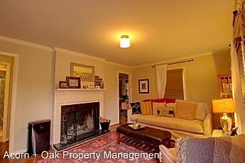 Living Room, 1400 Glendale Ave, 1