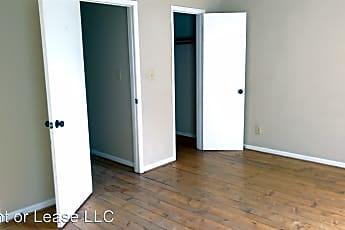 Bedroom, 3412 Hazelwood Ln, 2