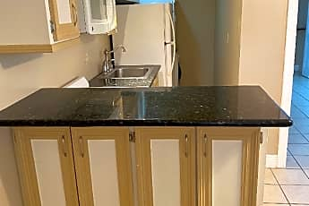 Kitchen, 627 Alvar St, 0