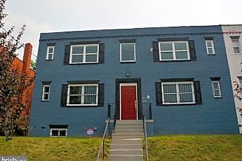 Building, 5029 Hanna Pl SE, 0