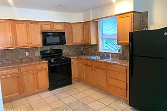Kitchen, 907 Chester Ave, 0