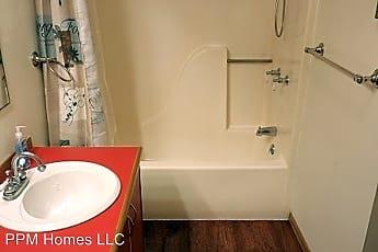 Bathroom, 101 Penny Ln, 1