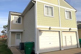 Building, 318 Meadow Green Ln, 0