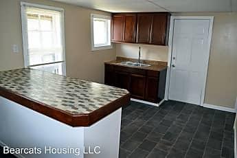 Kitchen, 29 Edwards St, 1