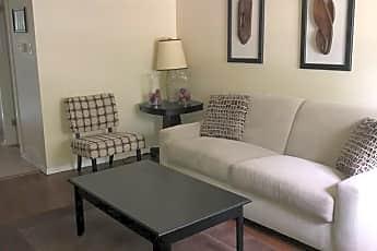 Living Room, 1624 Northwinds Estates Dr, 0