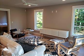 Living Room, 116 Summit St, 1