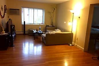 Living Room, 80 Brattle Dr, 0