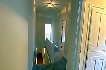 Living Room, 128 Vassar St, 2