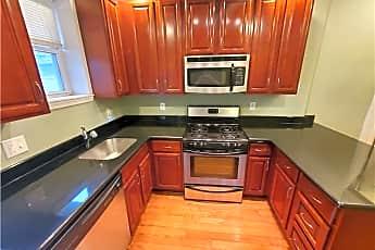 Kitchen, 2437 S Darien St, 0
