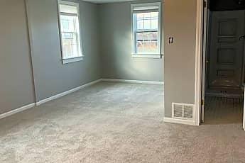 Living Room, 935 Main St, 1