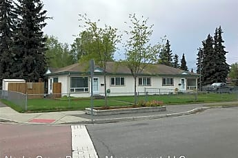Building, 822 Hollywood Dr, 1