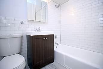 Bathroom, 33 N 3rd Ave, 2