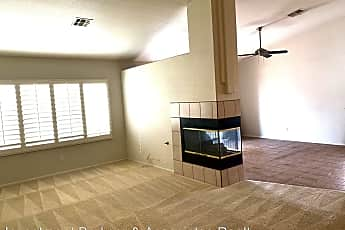 Living Room, 8633 Highland View, 2