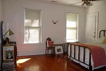Bedroom, 501 E Kingston Ave E, 1