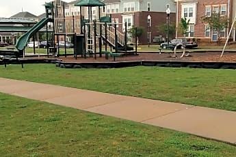 The Plaza at Centennial Hill, 2
