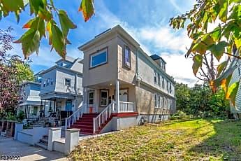 Building, 68 Millington Ave, 0