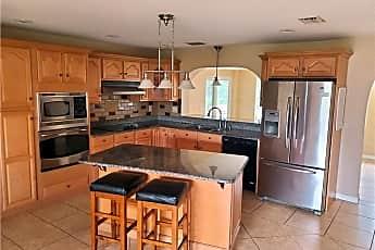Kitchen, 1408 SE 39th St, 2