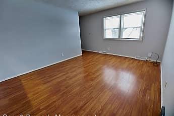 Living Room, 1005 Samantha St, 0