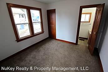 Bedroom, 2933 E Joseph Ave, 2