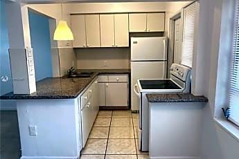 Kitchen, 8270 NE 1st Pl, 0