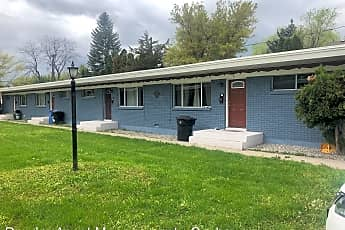 Building, 383 W 500 N, 0