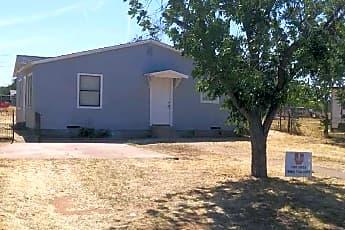 Building, 3007 Henderson Ave, 2