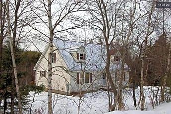 Building, 247 Oak Hill Rd W, 0