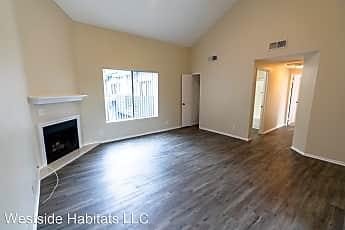 Living Room, 701 N Hollywood Way, 1