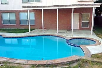 Pool, 1217 Ottawa Lane, 2